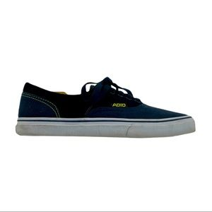 Adio Low Canvas Shoes